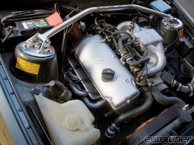 1984-bmw-318i-engine-tuning-2.jpg