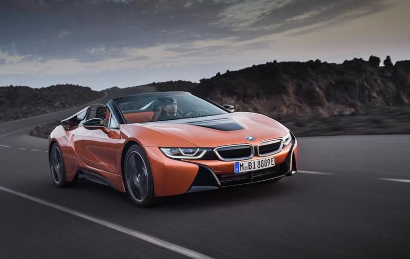 BMW i8 Roadster & Coupe 2018-2019-1.jpg